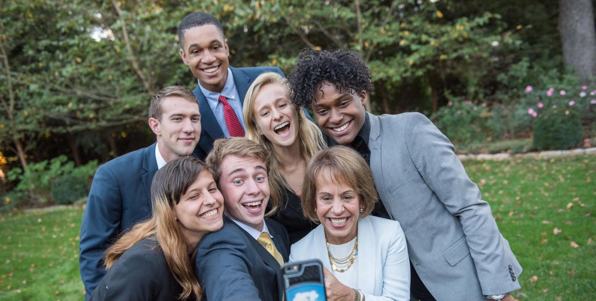Phillips Ambassador Selfie